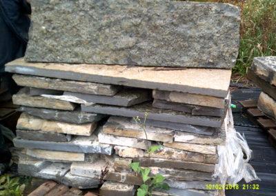 Sawnback-Wall-Stone